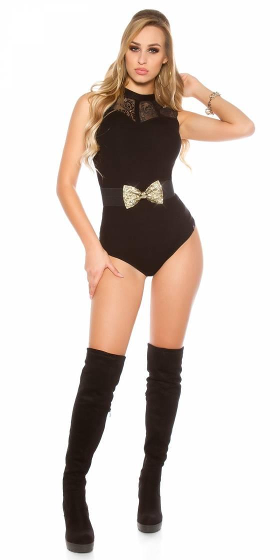 Trendy waist belt with...