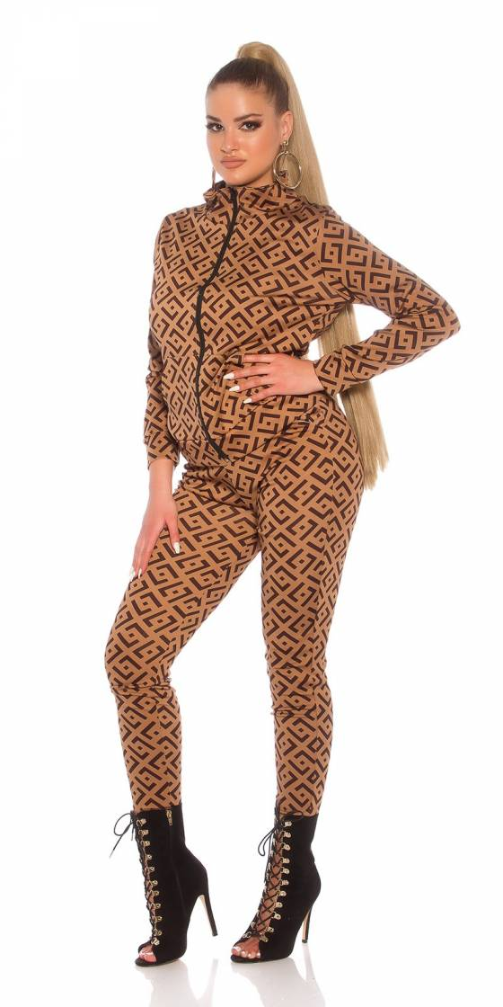 Trendy Jogging Suit with Print