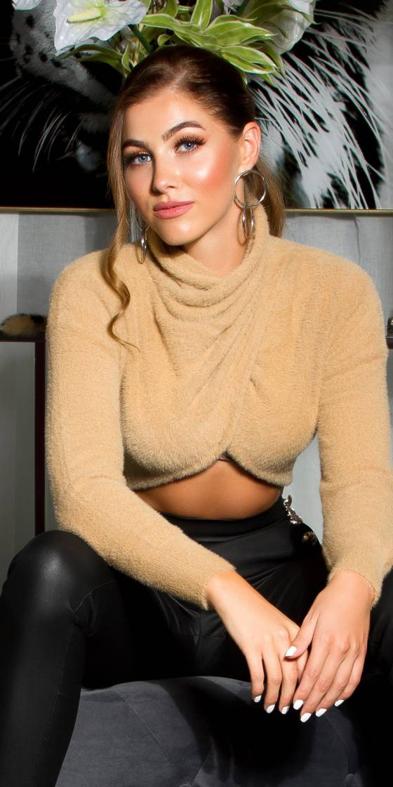 Sexy cozy cropped sweater