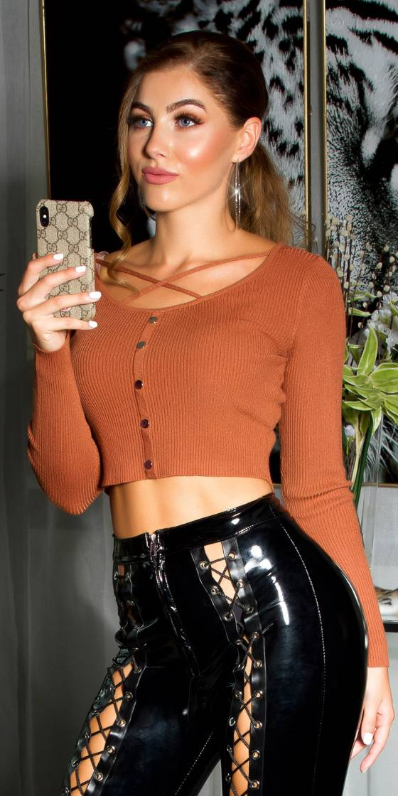 Sexy cropped fine knit sweater
