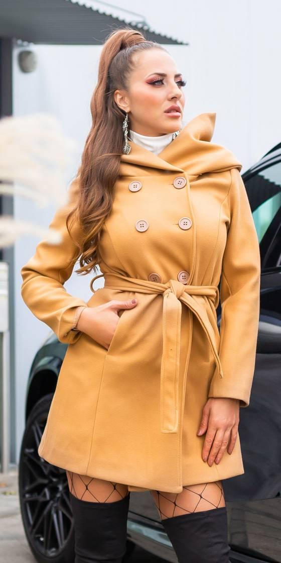 Manteau court sexy avec...