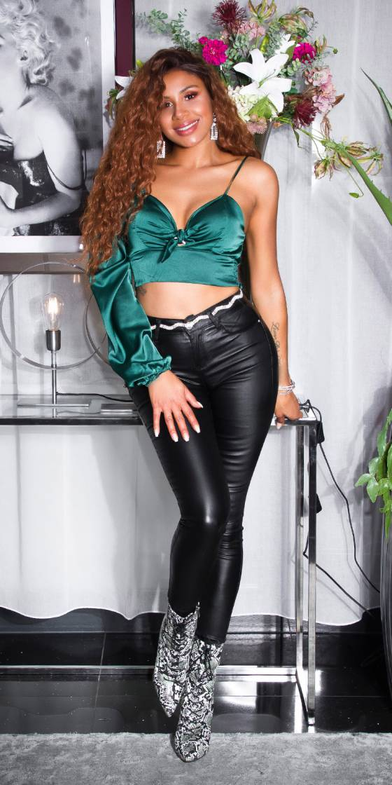 Sexy Leather-Look Fashion...