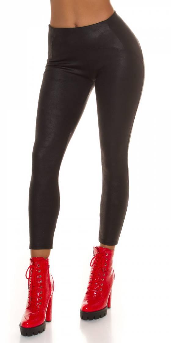 Sexy suede-look leggings!...