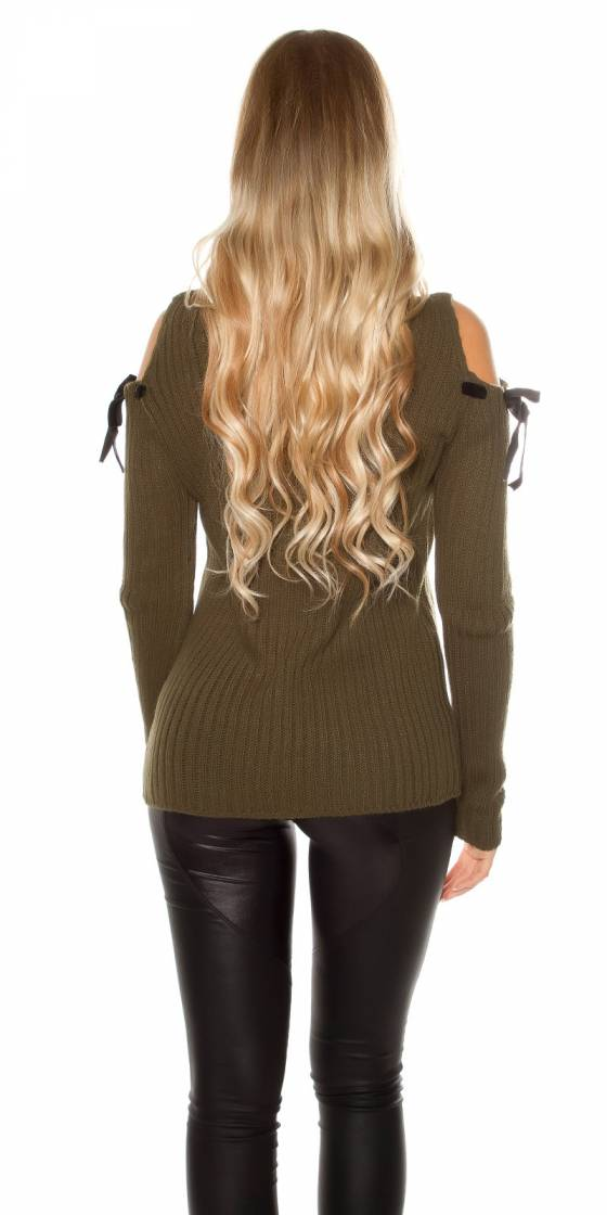 Trendy cold shoulder chunky...