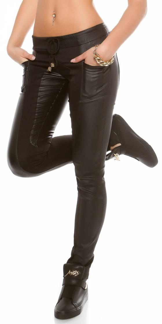 Pantalon sportswear...