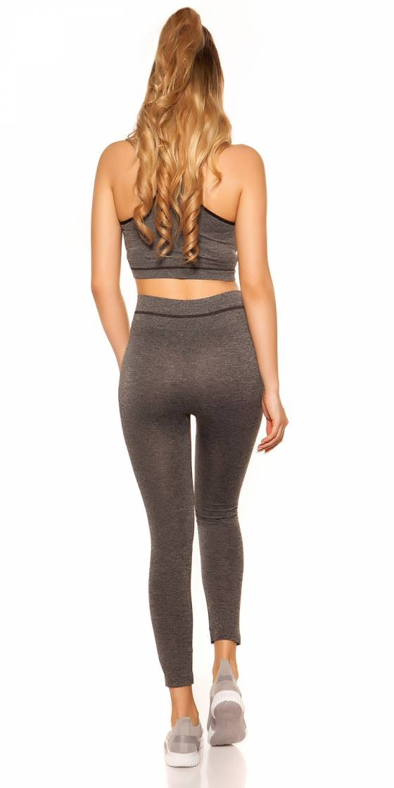 Trendy Workout Outfit Crop...