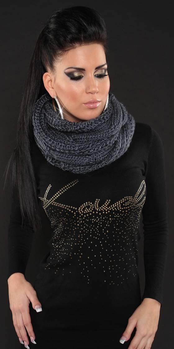 Écharpe en tricot tendance
