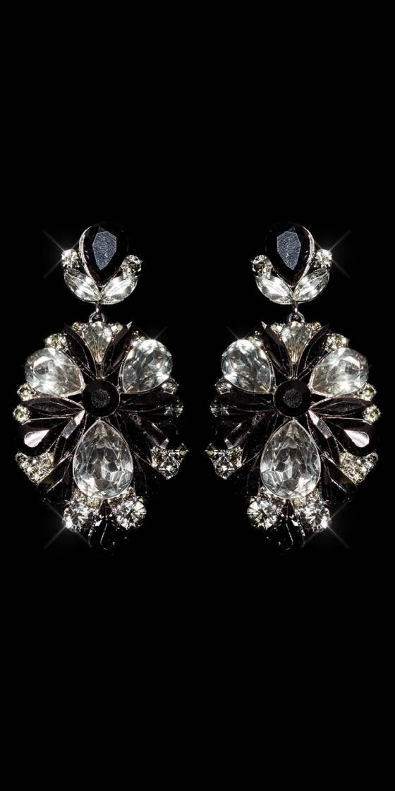 Elegant statement crystal /...