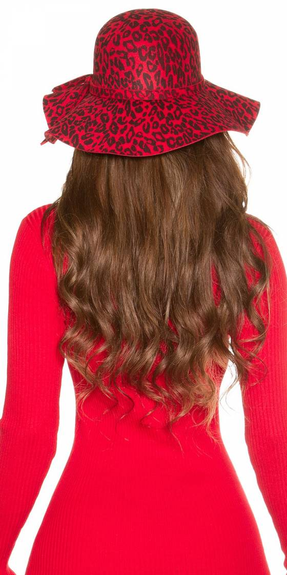 Trendy floppy Leo felt hat...