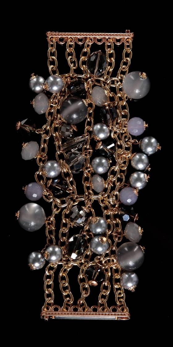 Trendy pearl bracelet