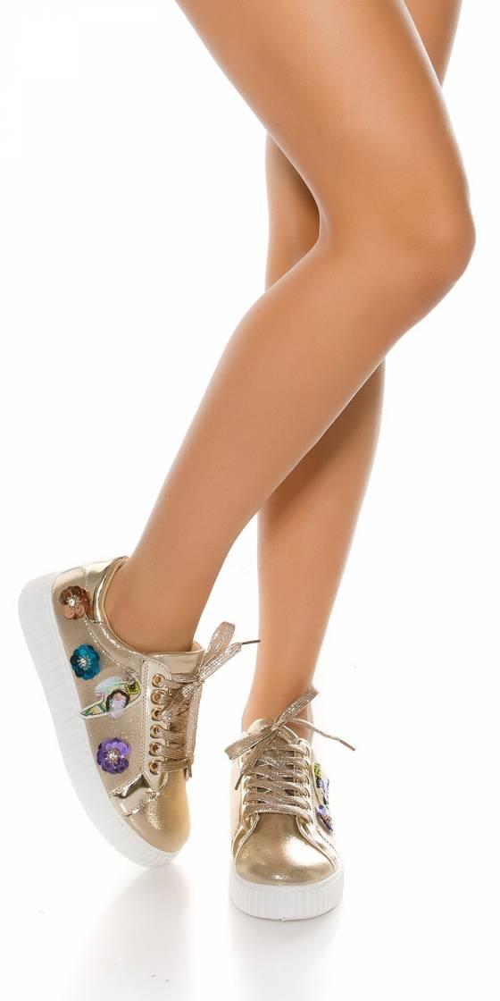 Trendy platform sneakers...
