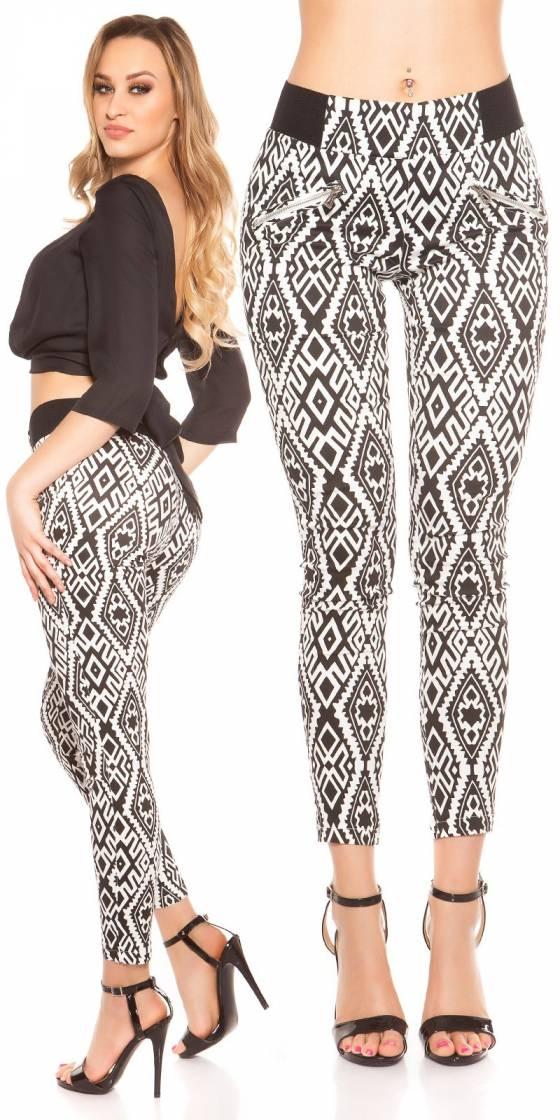 Trendy Skinnytrousers in...